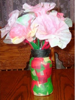 10. Christmas Flower Vase e1321041330402 10 Christmas Gifts that Kids Can Easily Make at Home