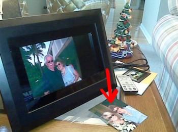 2. Digital Picture Frames e1320752036580 Top 10 Best Christmas Gifts for Grandparents