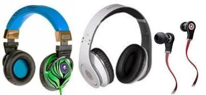 4. Earphones Top 10 Best Christmas Gifts for Teens