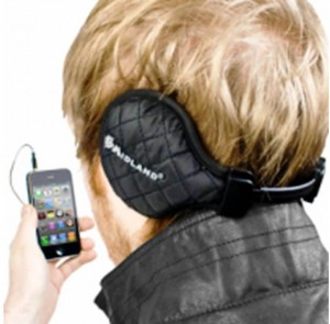 4. Headphones e1321028983710 Top 10 Christmas Gift Ideas for Husbands