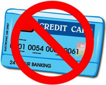 4. Keep Your Credit Cards e1321008155118 10 Tips on How to Avoid a Budget Blowout This Christmas