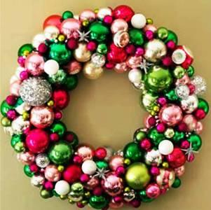 6. Christmas Balls Wreath Top 10 Best Christmas Wreath Ideas