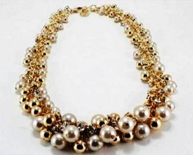 3. Gold Pearl Baubles Necklace 10 Stylish Gifts For Women Under $100