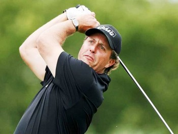 5. Phil Mickelson e1326477958330 Top 10 Richest Athletes in 2012