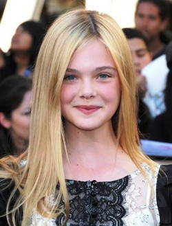 10. Ella Fanning e1330086986530 Top 10 Richest Teen Celebrities of 2012