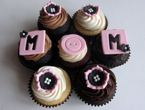 Mother day Cupcakes 10 Best Mothers Day Gifts   2012