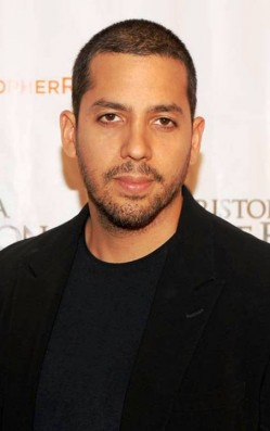 1. David Blaine e1334938360228 Top 10 Best Street Magicians in the World