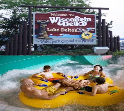 1. The Water Park Capitol of the World Wisconsin Dells e1334653238881 10 Best Places to Visit During Summer