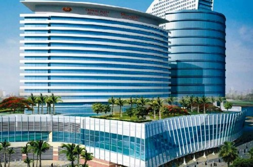 3. Crowne Plaza Dubai Festival City e1334589158935 Top 10 Most Luxurious Hotels in Dubai