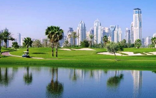 8. Be Obsessed With their Golf e1334645149594 Top 10 Things to Do When You Go to Dubai