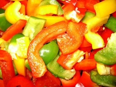 3. Bell Pepper Slices e1337952349827 Top 10 Most Nutritious Pizza Toppings