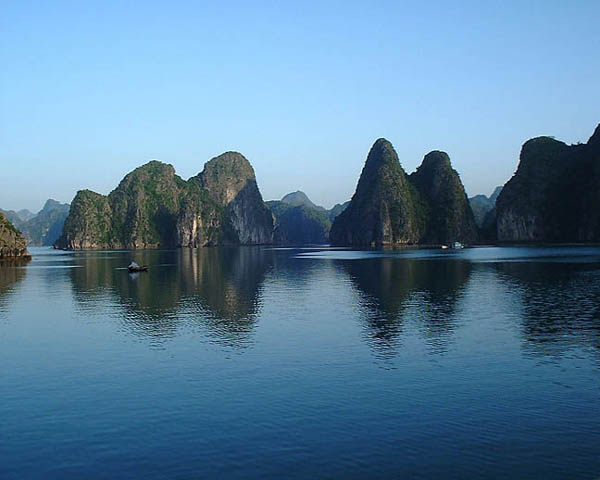 Ha Long Bay Vietnam 10 Places to See Before You Die