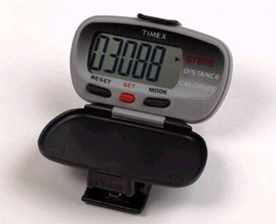 2. Pedometer e1338530861218 Top 10 Healthy Gifts for Father's Day
