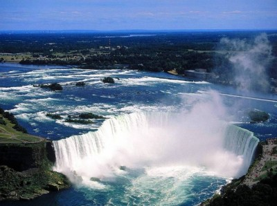 6. Niagara Falls Ontario e1340865701350 Top 10 Canada Day Popular Destinations