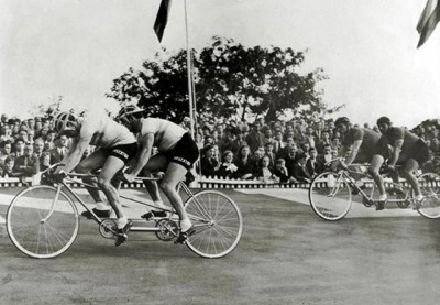 7. Tandem Bicycle Sprint 1906 e1343128049104 Top 10 Weirdest Sports in Olympics