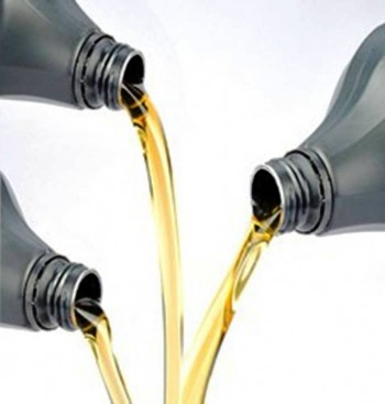 3. Acts as Lubricants e1345773631990 Top 10 Benefits of Petroleum