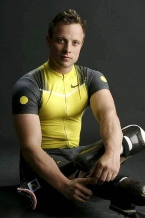 3. Oscar Pistorius e1346208694811 Top 10 Sexiest Paralympic Athletes 2012