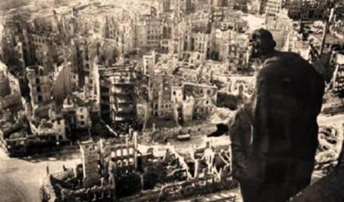 5.  Dresden Bom Top 10 Serangan Bom Paling Fatal di Dunia