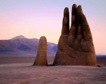 6. Mano Del Desierto