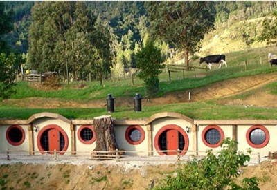 2. Hobbit Motel e1348845766666 Top 10 Most Bizarre Hotels in the World