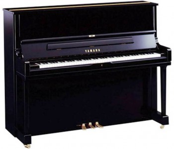 3. Yamaha e1347505233873 Top 10 Piano Brands