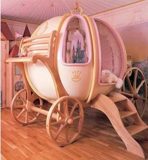 4. Cinderella Bed e1347855018422 Top 10 Most Unique Beds in the World