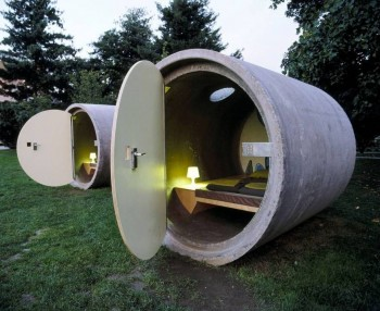 4. Drain Pipe Hotel e1348845784973 Top 10 Most Bizarre Hotels in the World
