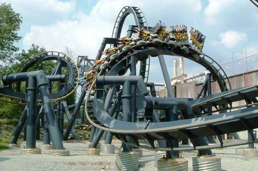 6. Batman the Ride at Six Flags Over Georgia Top 10 Worst Amusement Park Accidents of All Time