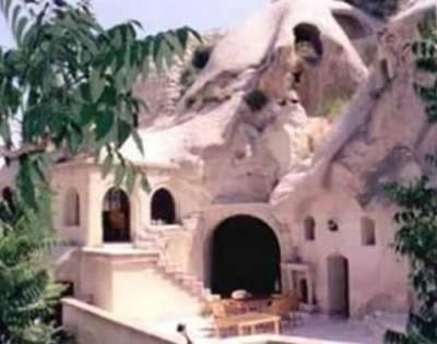6. Gamirasu Cave Hotel e1348845805818 Top 10 Most Bizarre Hotels in the World