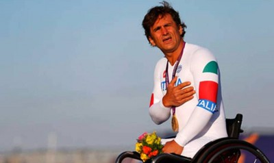 8. An Ultimate Victory for Alex Zanardi e1347345715461 Top 10 Paralympics Moments in 2012