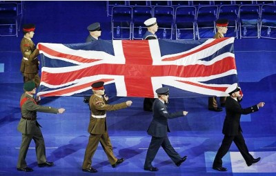 8. The Carrying of the Union Jack Flag e1346655666561 Top 10 Highlights in Paralympics 2012 Opening