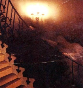1. The Tulip Staircase Ghost 1966 e1351669396283 Top 10 Scariest Ghost Photos of All Time