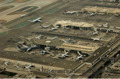 6. Los Angeles International Airport e1350373498434 Top 10 Biggest Airports in the World