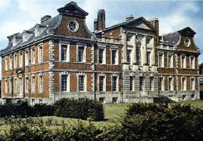 6. Raynham Hall Norfolk England e1351491803266 Top 10 Haunted Houses in the World