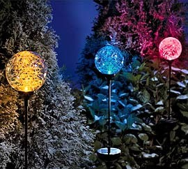 10 Ways To Decorate Your Yard For Winter Under $20
