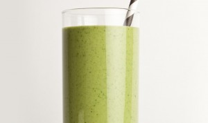 green-peanut-butter-smoothie-940x560