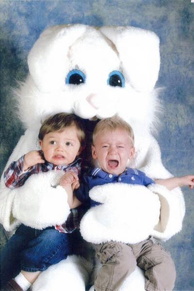 easter-photo-scared-kids