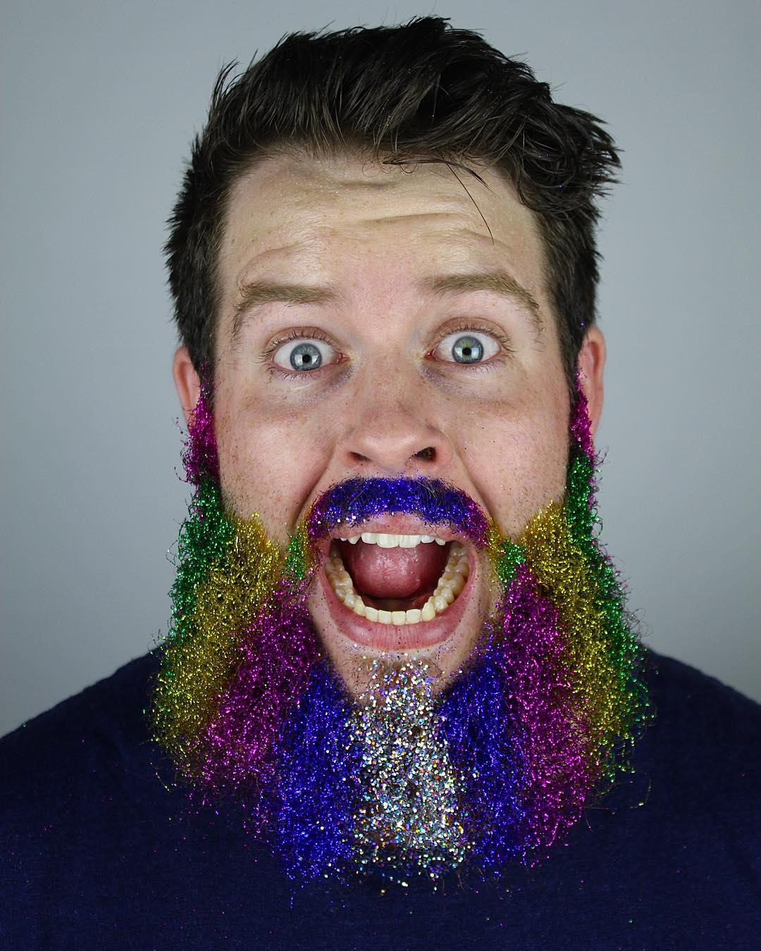 13_spectacular_glitter_beards_on_instagram_02