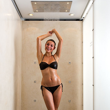 aquademie_showerworld-bath-area-woman-shower-collection_463x463