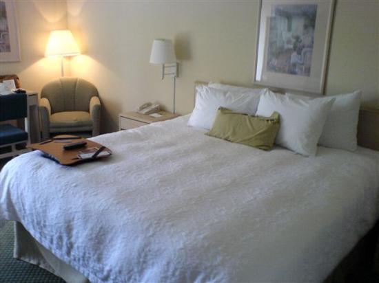 comfy-clean-bed