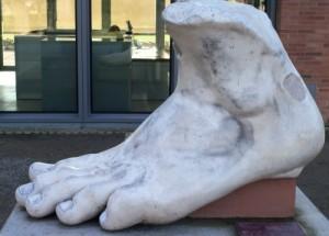 10 Weird Sculptures From Around The World