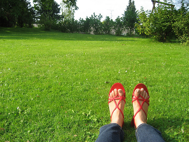 Green-Grass-Shoes